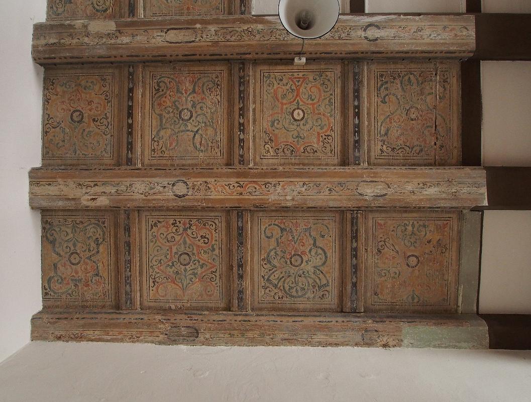Schloss Lichtenburg, erstes Obergeschoss, Holzdecke, Fassung 1. Hälfte 17. Jh.