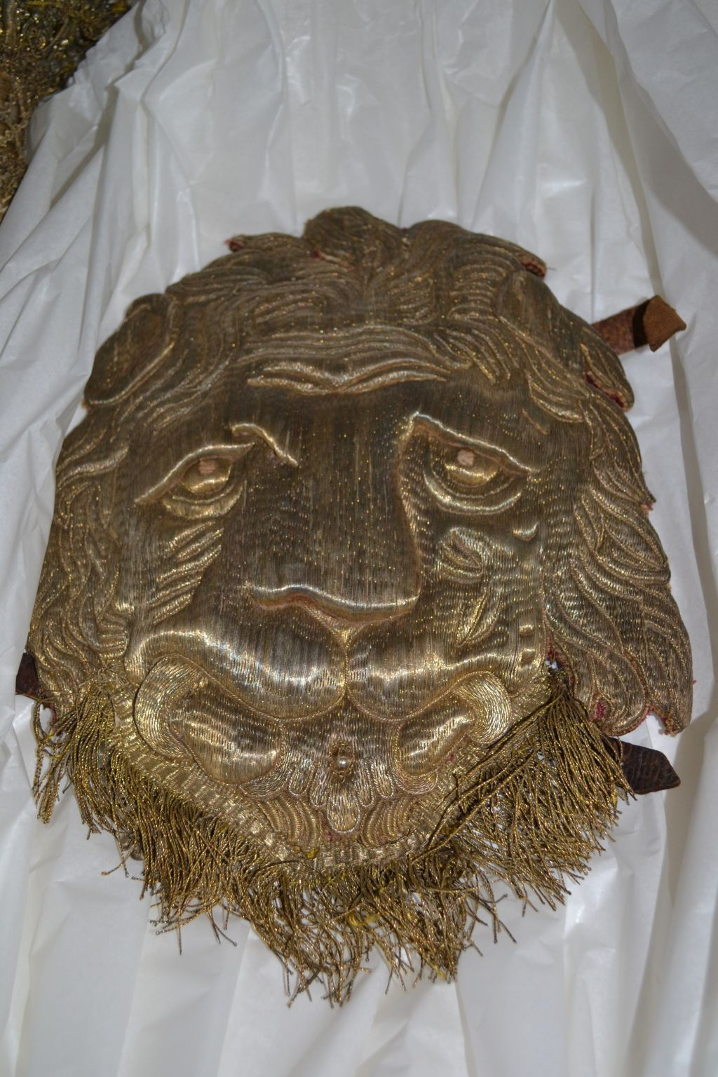 Löwenmaske vom Schellengeläut des Kurfürsten und späteren Kaisers Karl VII Albrecht